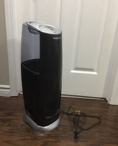 As new with filter Honeywell humidifier