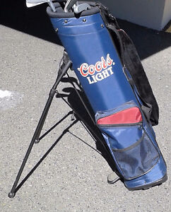 STANDING GOLF BAG and CLUBS