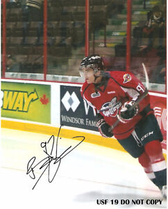 BRADY VAIL AUTOGRAPHED SIGNED PHOTOGRAPHS SPITFIRES, CANADIENS