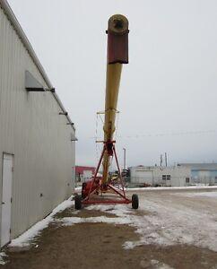 2012 Westfield 130-81 Edmonton Edmonton Area image 1