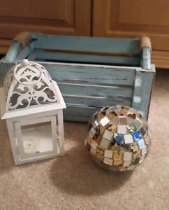 'Tiffany Blue' crate, mirrored glass & white metal candle holder