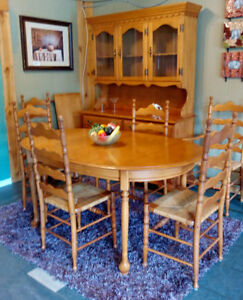 Roxton 9pc Dining Set Harvest Table Oak Pressback Chairs