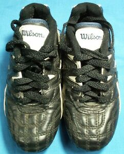 USED WILSON SOCCER CLEATS YOUTH SIZE 11