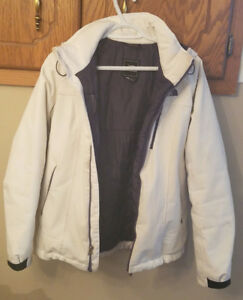 North Face winter jacket. Size M