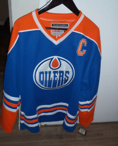 extra large Oilers Gretzky jersey new!!!