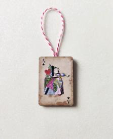 Vintage Retro Christmas Alice in Wonderland Queen Card Decoration