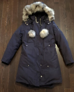 Moose Knuckle Stirling Parka Women Size Medium in Exc. Condition
