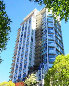 Modern Spacious 1BR+den in heart of Downtown Vancouver