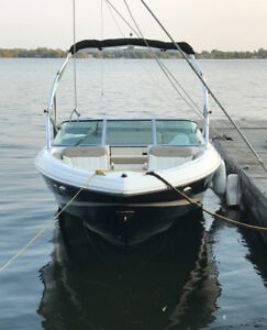 2011 REGAL 2200 WITH TOWER - MINT!!!