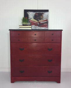 Dresser Farmhouse Chic Red