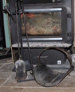 Fireplace tools (three piece) and log cradle