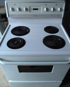 "FRIGIDAIRE 30"" ELECTRIC STOVE FOR SALE!!"