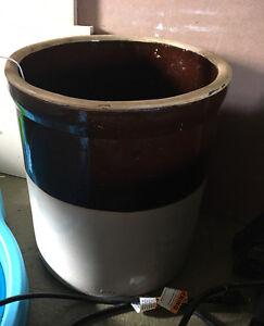 Vintage Rustic Brown n Tan Ransbottom Stoneware Ceramic Pot