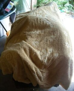 Vintage Chenille Double Bed Spread