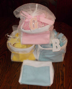 116 GYMBOREE GIFT TOTES. GREAT FOR BABY SUPPLY STORE.