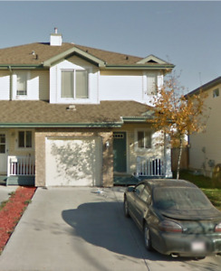 St Albert duplex for rent!