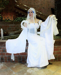 Cosplay Yue Moon Spirit-Avatar the last Airbender