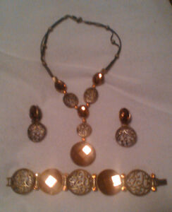 Beautiful 3 Piece Jewelry Set