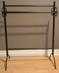 Quilt/Blanket Stand/Holder/Rack