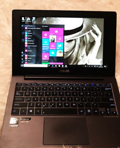 Ordinateur portable et tablette tactile ASUS TAICHI