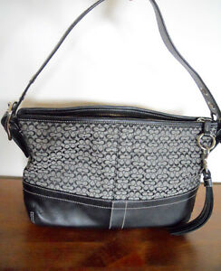 Small Coach Purse #F10418