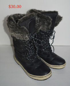 Ladies Winter Boots.Size 9