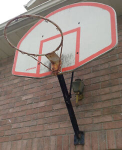 Basketball net with steel pipe post