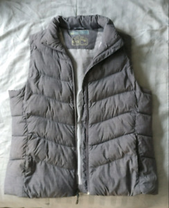 Woman's Vest size large