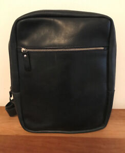 M0851 navy luxe backpack men women nearly new
