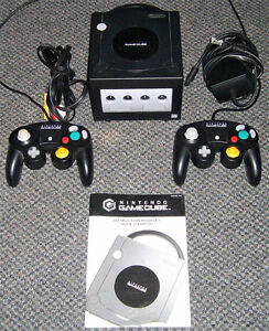 NINTENDO GAMECUBE CONSOLE COMPLETE WITH 2 CONTROLLERS/MEM CARDS