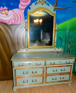 GottaGO Whimsical AliceInWonderland Dresser with CheshireCat