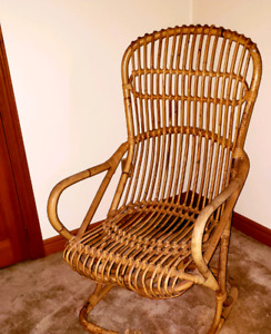 Vintage/Antique (cane) Wicker chair
