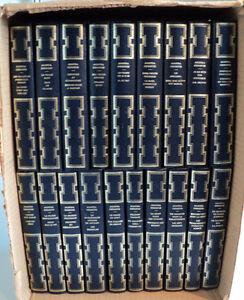 38 histoires en 19 romans policiers d'Agatha Christie ($50.)