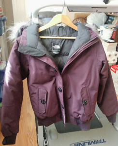 Ladies or girls North Face jacket