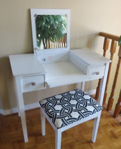 Vanity - Make up Table and Bench