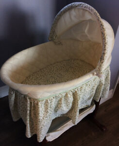 Safety 1st Bassinet