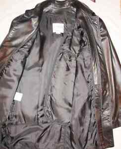 Danier Couture Leather Jacket Like New (retail new 995$)