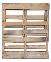 Hey Drivers sell your old wooden pallets make cash !!!
