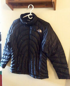 LADIES NICE NORTHFACE JACKET -BLACK
