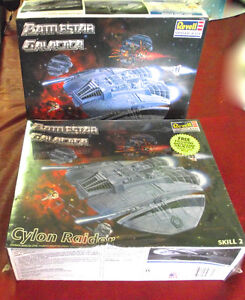 2 Models from Battle Star Galactica Brand New 1997