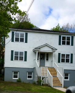 Dog friendly 2 bedroom!  Available June 1!