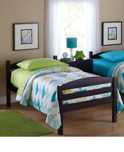 Bed and bedroom set!
