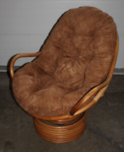 Swivel bamboo chair with cushion, very good condition