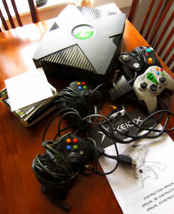 Original XBox with many games and accessories
