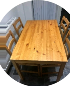 Table an chairs