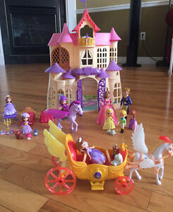 Sofia The First Castle and accessories