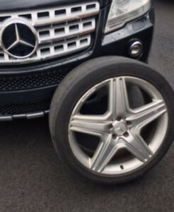 Mercedes Benz ML 550 Mags 26 inches AMG Package