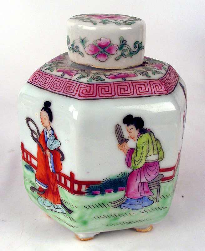 Nice Famille Rose Chinese Tea Caddy Qing / Republic