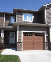 $1050/week St.Vital fully furnished townhouse short term rental