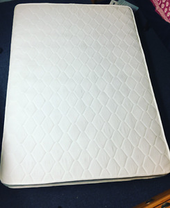 Double bed spring mattress